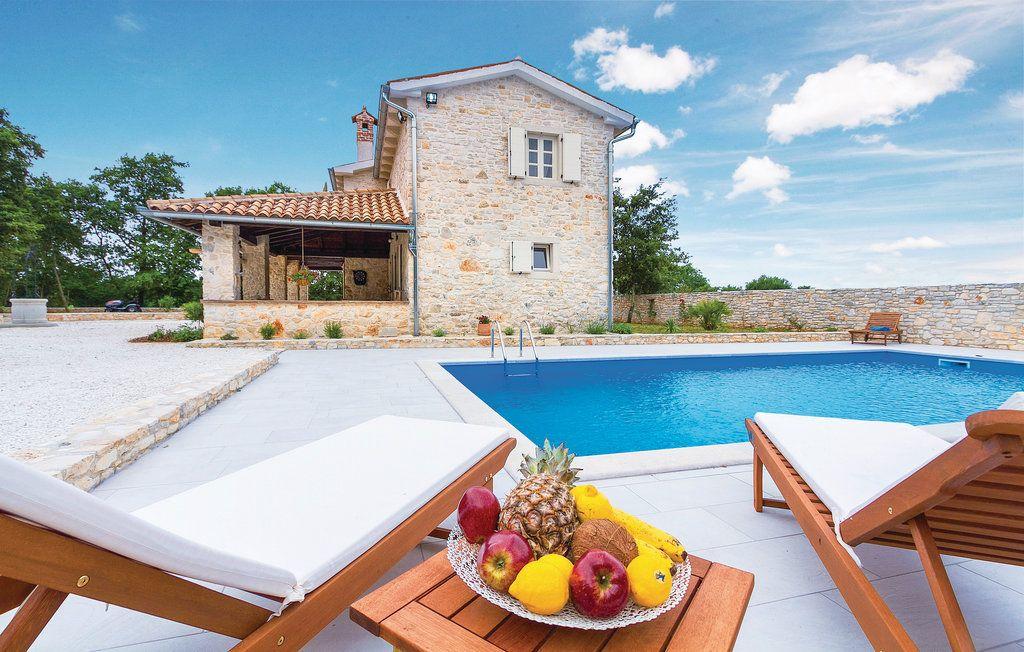 Дом в Светвинченате, Хорватия, 170 м2 - фото 1