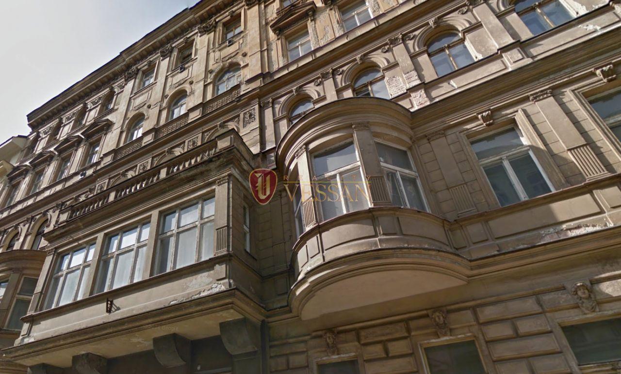 Коммерческая недвижимость в Праге, Чехия, 3715 м2 - фото 1
