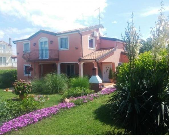 Дом в Порече, Хорватия, 212 м2 - фото 1