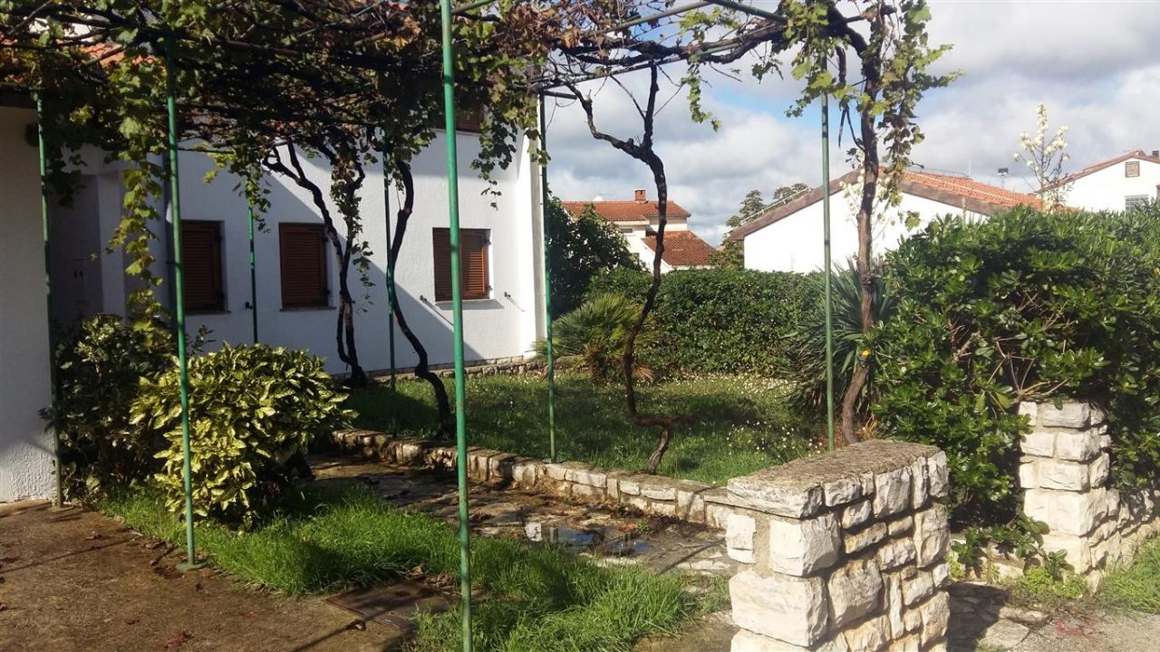 Дом в Фажане, Хорватия, 250 м2 - фото 1