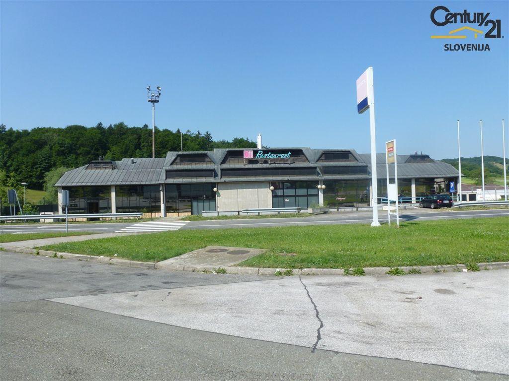 Коммерческая недвижимость в Мариборе, Словения, 1210 м2 - фото 2