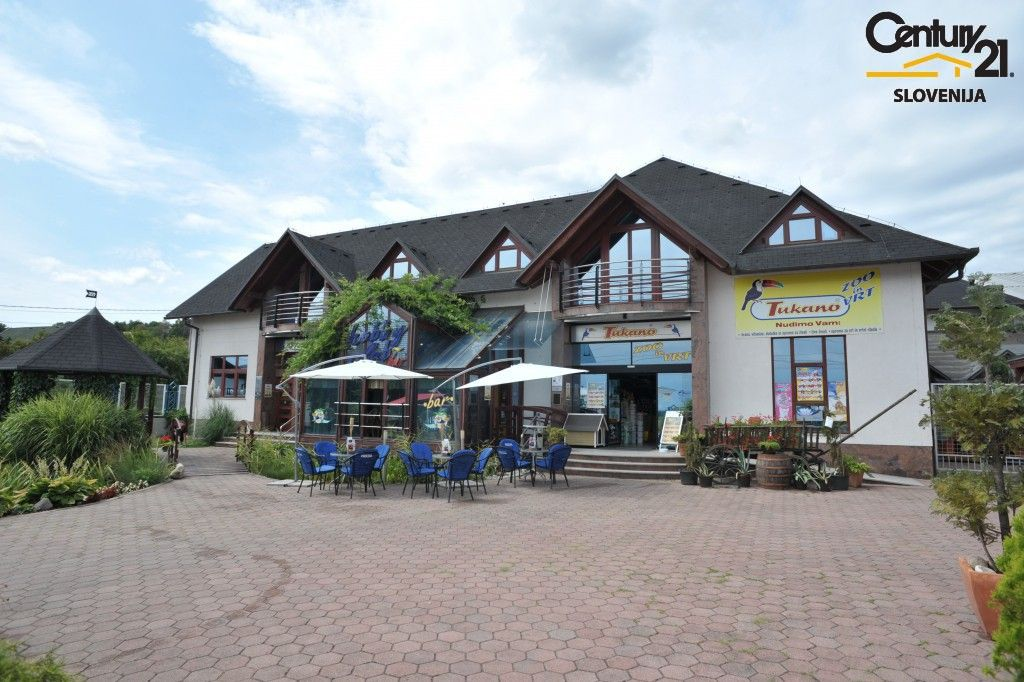 Коммерческая недвижимость в Мариборе, Словения, 3070 м2 - фото 1