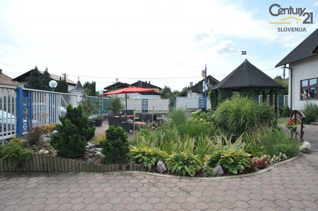 Коммерческая недвижимость в Мариборе, Словения, 3070 м2 - фото 2