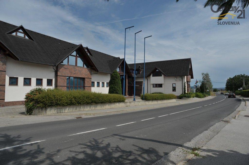 Коммерческая недвижимость в Мариборе, Словения, 3070 м2 - фото 12