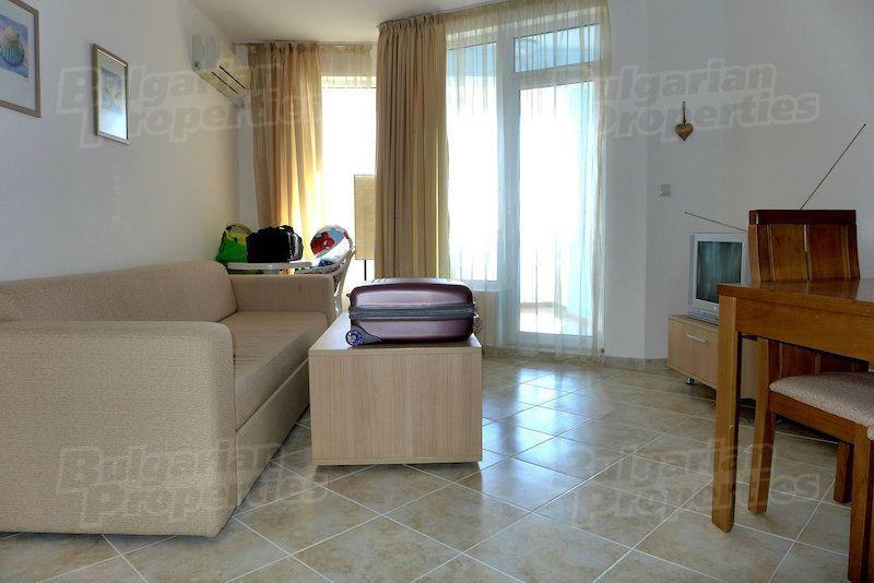 Апартаменты на Солнечном берегу, Болгария, 67.64 м2 - фото 1