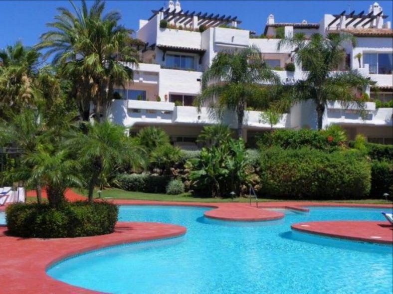 Апартаменты в Марбелье, Испания, 190 м2 - фото 1