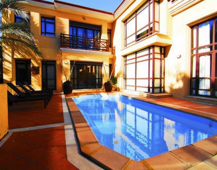 Апартаменты в Марбелье, Испания, 255 м2 - фото 1