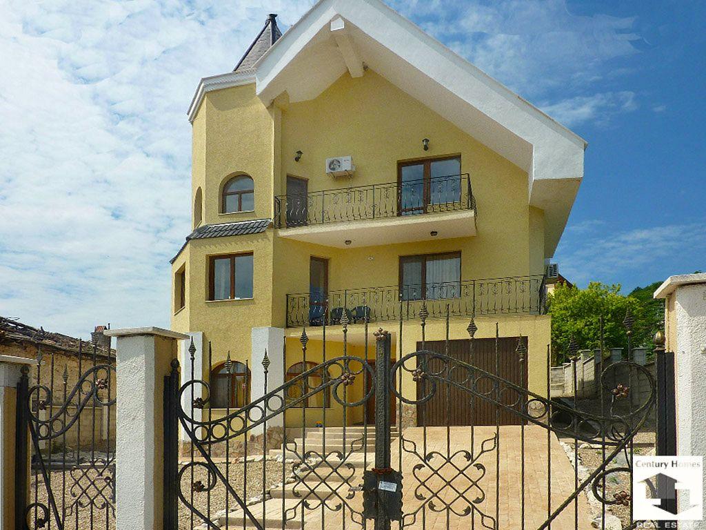 Вилла в Албене, Болгария, 300 м2 - фото 1