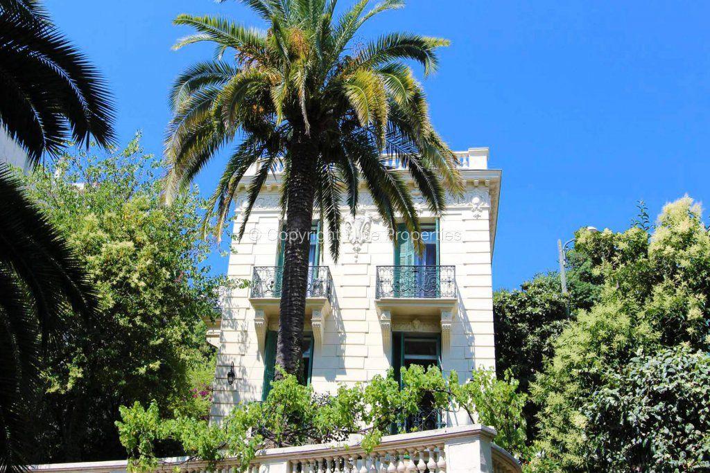 Дом в Ницце, Франция, 222 м2 - фото 1