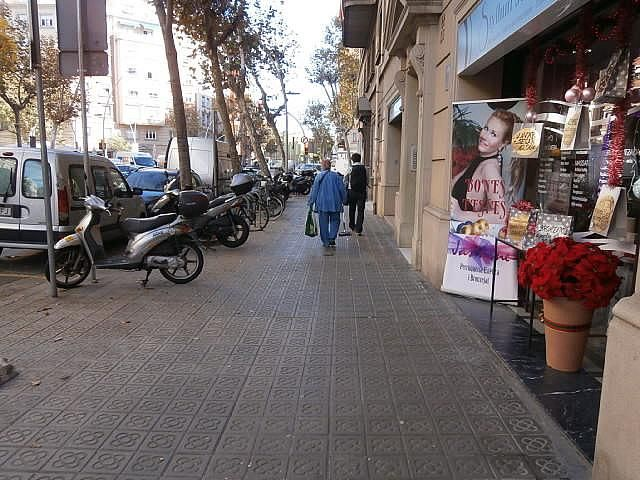 Магазин в Барселоне, Испания, 78 м2 - фото 1
