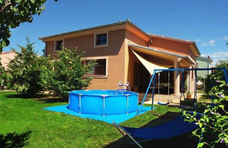 Дом в Пуле, Хорватия, 240 м2 - фото 1