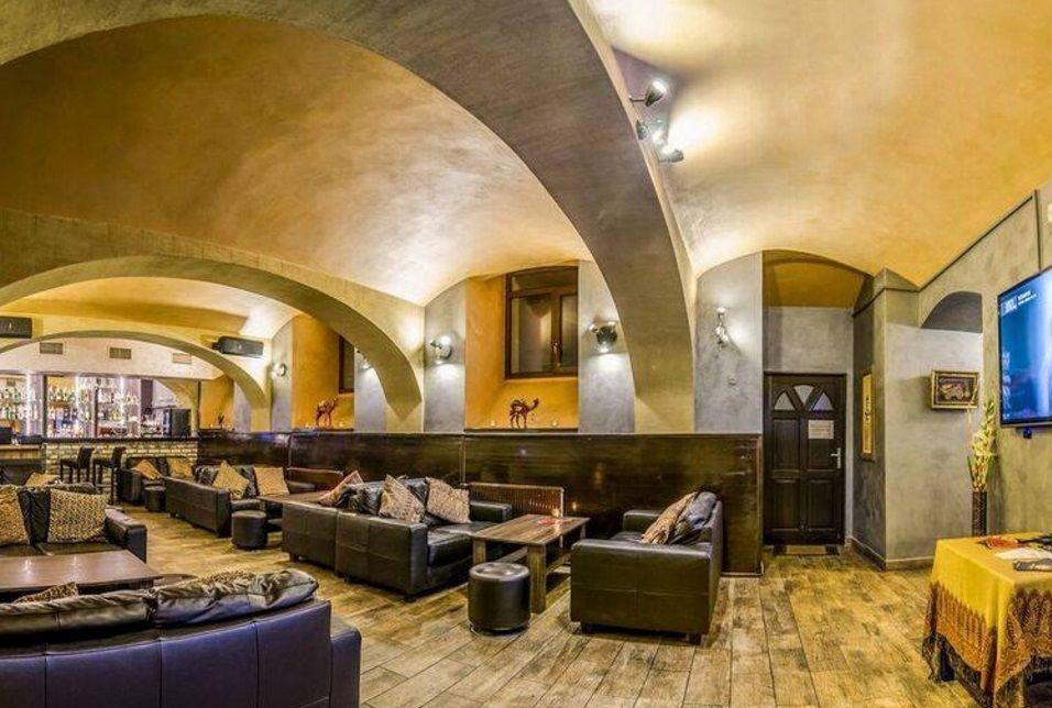 Кафе, ресторан в Праге, Чехия, 343 м2 - фото 1