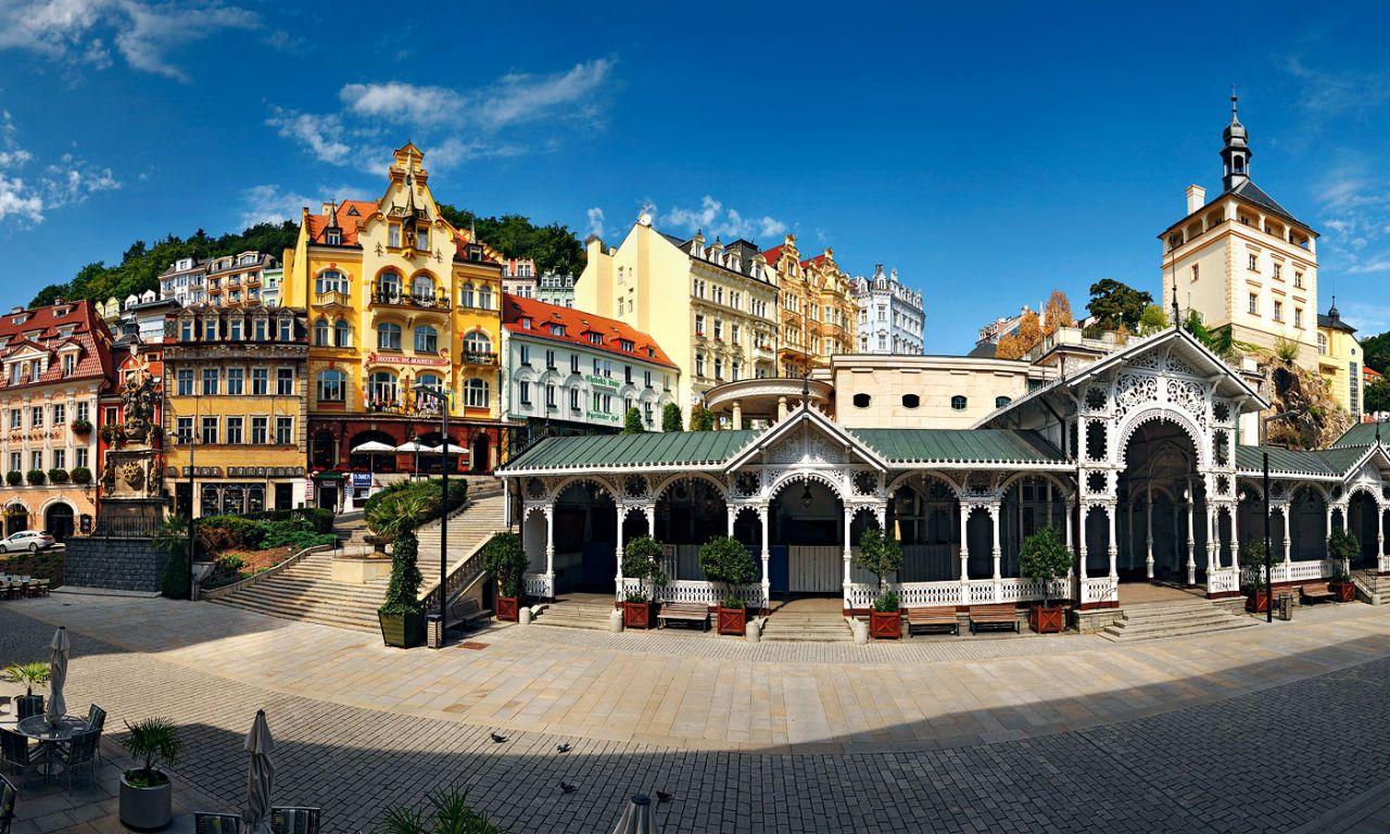 Отель, гостиница в Карловых-Варах, Чехия, 420 м2 - фото 1