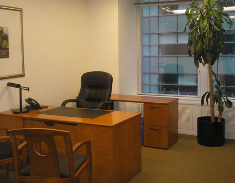 Офис в Бежиграде, Словения, 2333 м2 - фото 1