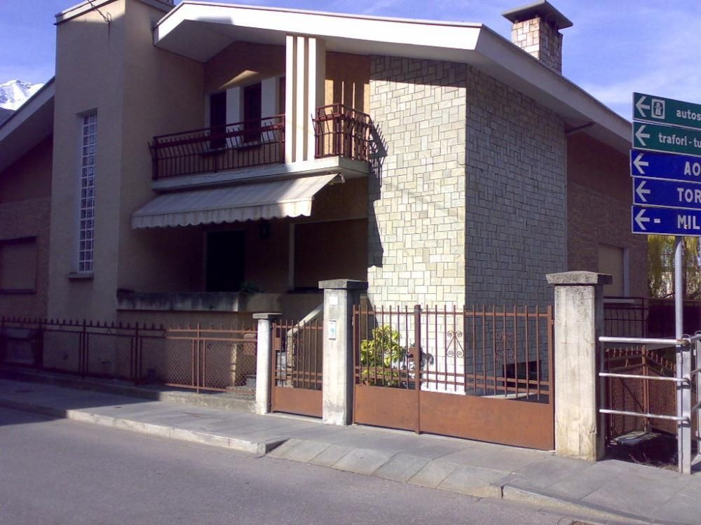 Вилла в Валле-д'Аоста, Италия - фото 1