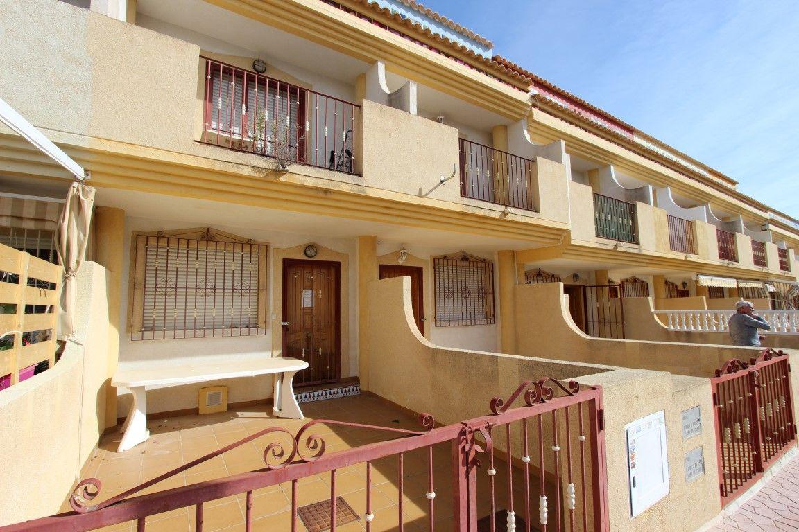 Дом в Ориуэла Коста, Испания, 95 м2 - фото 1