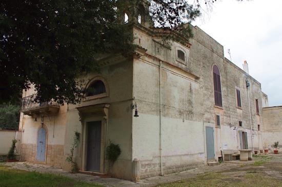 Вилла в Пулье, Италия, 2650 м2 - фото 1