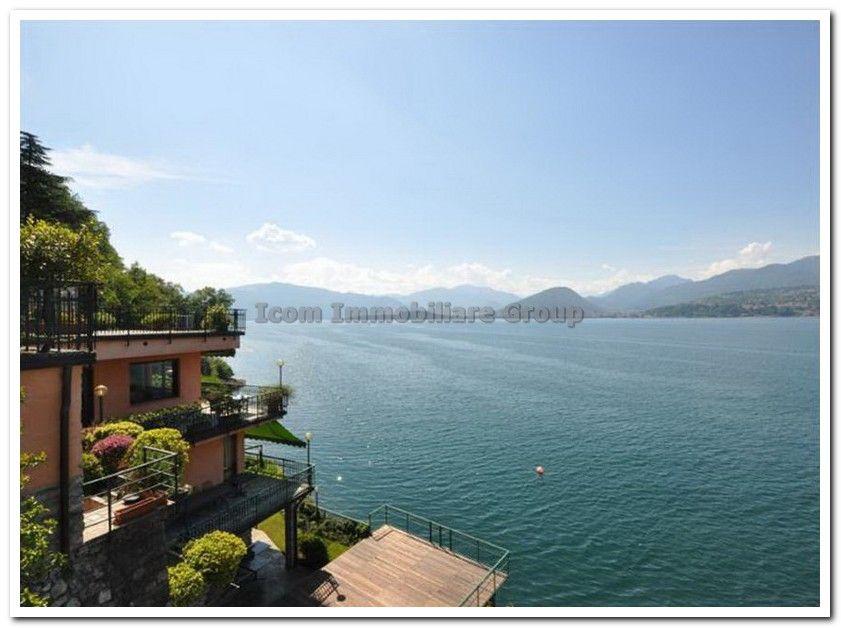 Вилла у озера Маджоре, Италия, 675 м2 - фото 1