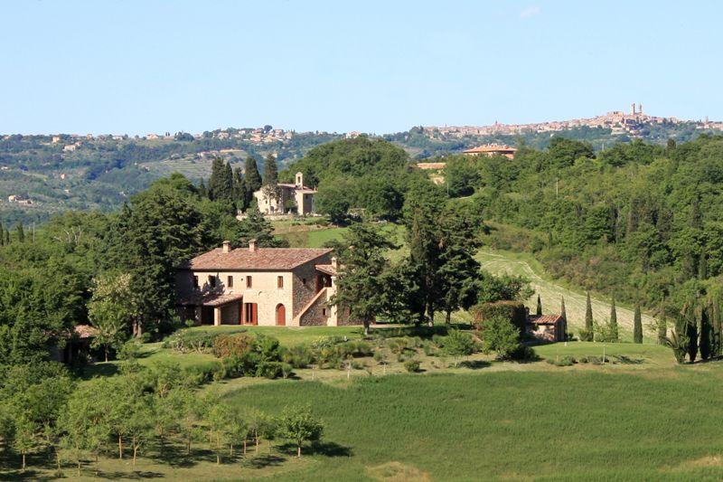 Вилла в Умбрии, Италия, 560 м2 - фото 1