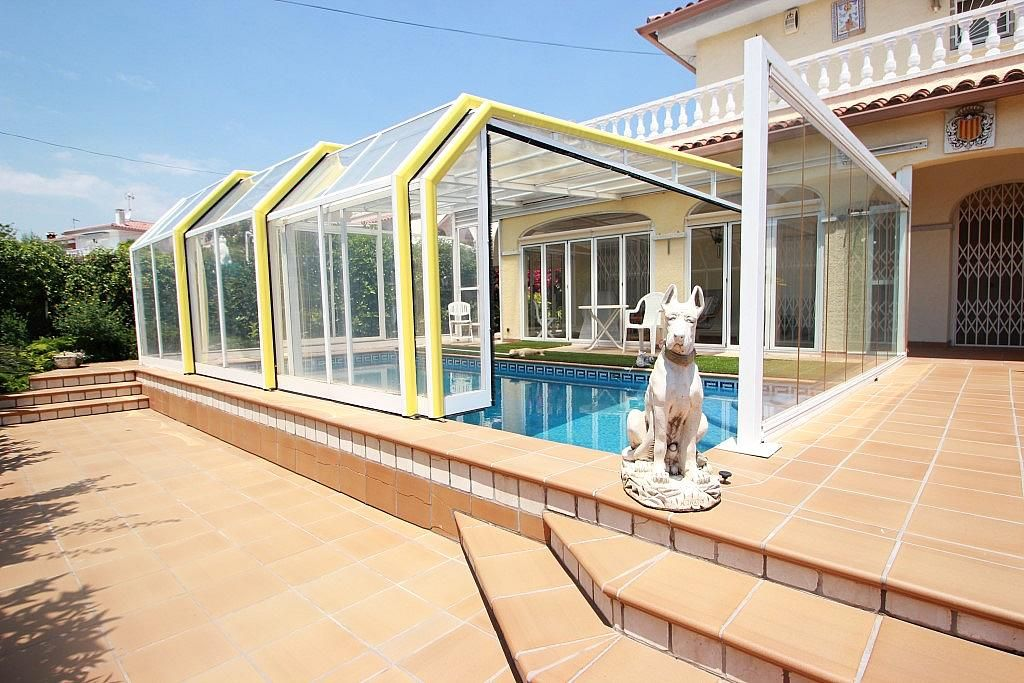 Дом на Коста-Дорада, Испания, 240 м2 - фото 1