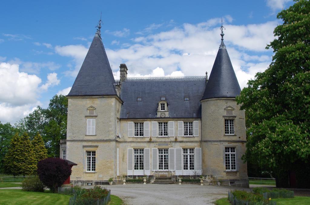 Замок в Нормандии, Франция, 550 м2 - фото 1