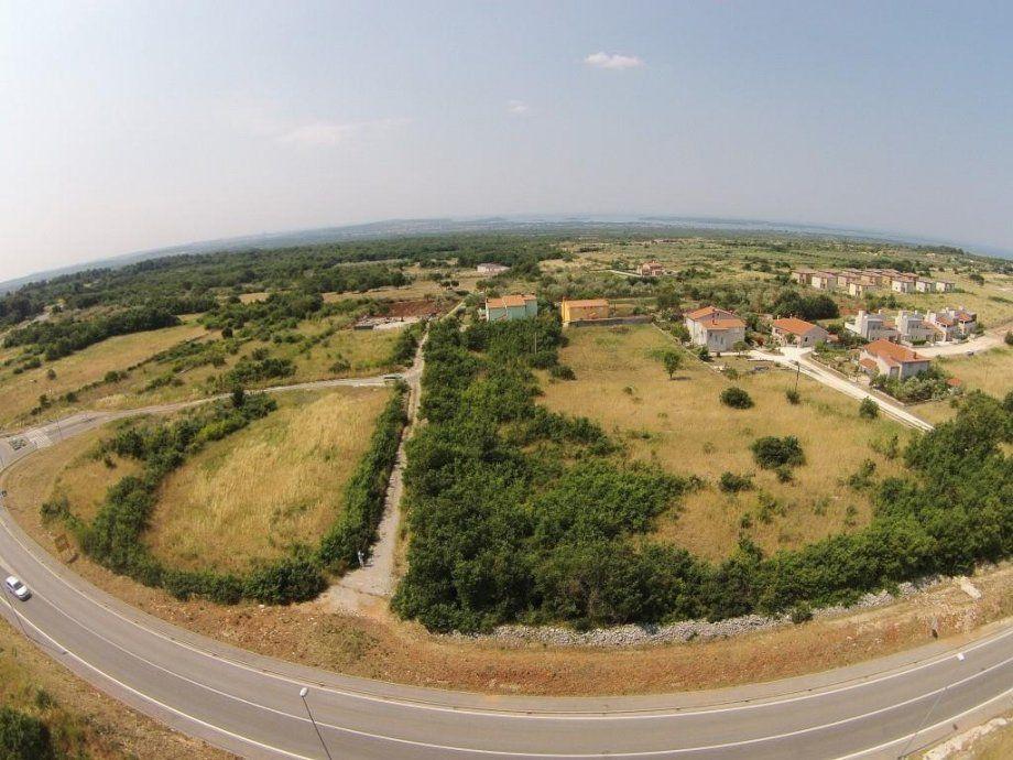 Земля в Водняне, Хорватия, 3350 м2 - фото 1