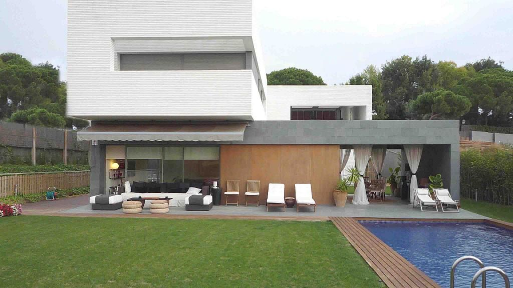 Дом в Сант-Висенц-де-Монтальт, Испания, 1000 м2 - фото 1