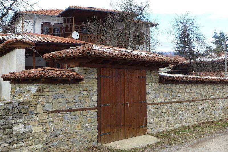 Дом в Стара Загоре, Болгария, 550 м2 - фото 1