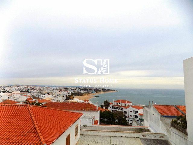Апартаменты в Албуфейре, Португалия, 103.35 м2 - фото 1