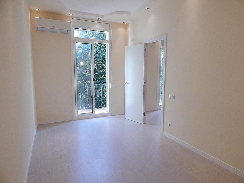 Квартира в Барселоне, Испания, 63 м2 - фото 1