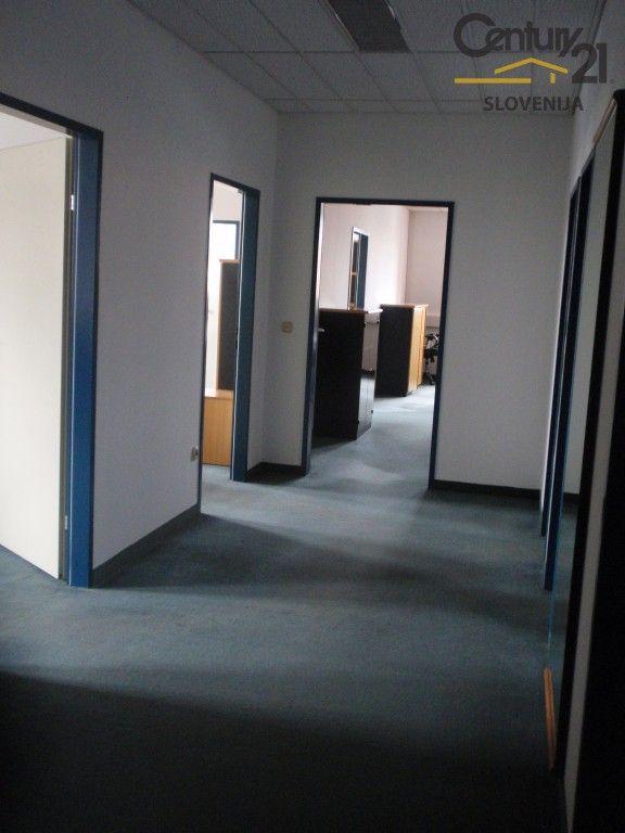Офис в Мариборе, Словения, 165.3 м2 - фото 5