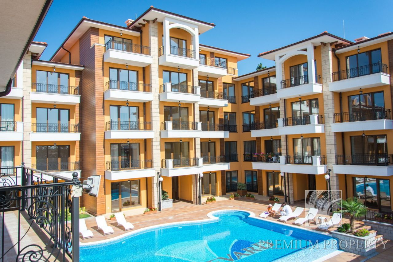 Апартаменты на Солнечном берегу, Болгария, 90.27 м2 - фото 1
