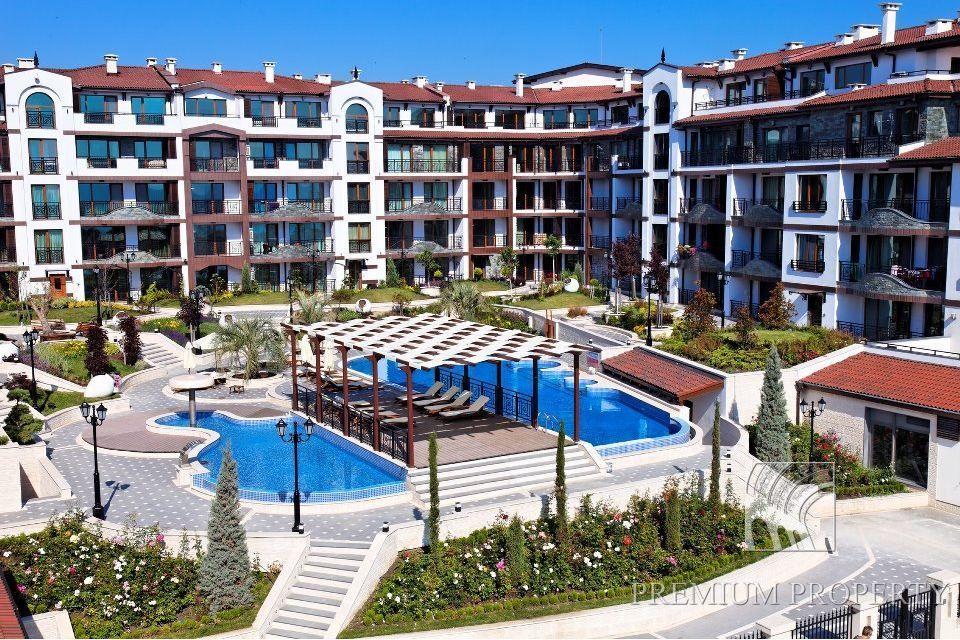 Апартаменты в Поморие, Болгария, 66.49 м2 - фото 1