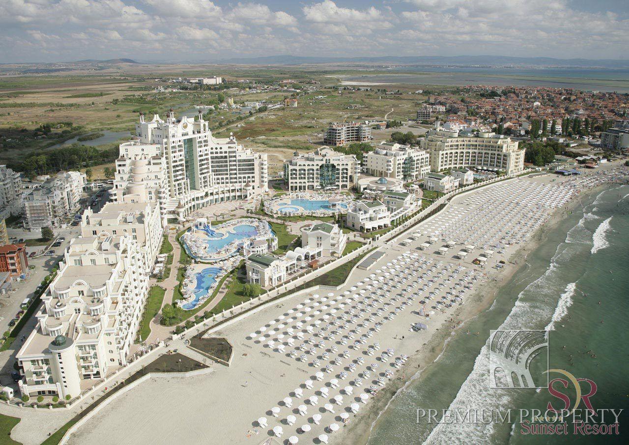 Студия в Поморие, Болгария, 58.72 м2 - фото 1