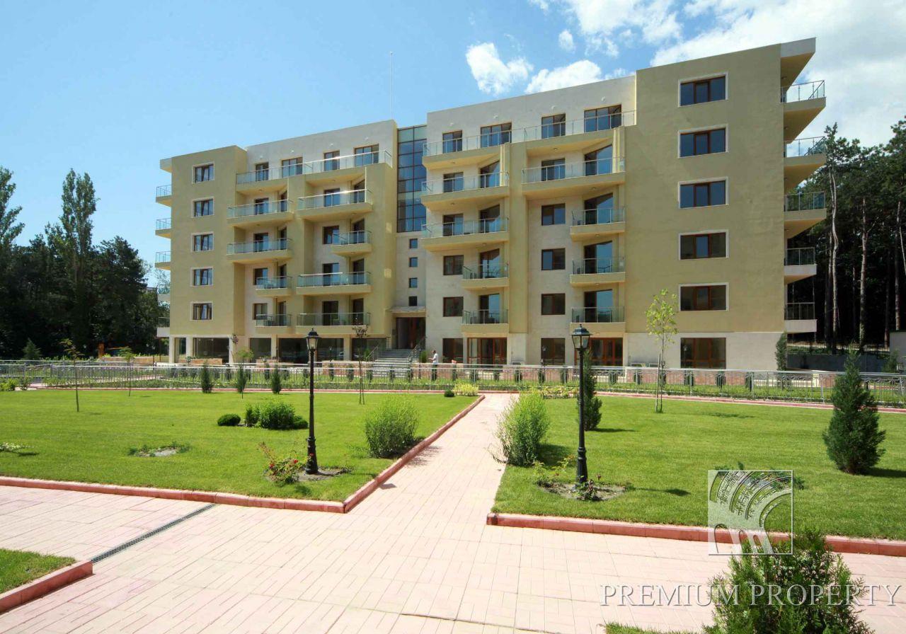 Апартаменты в Святых Константине и Елене, Болгария, 56.31 м2 - фото 1