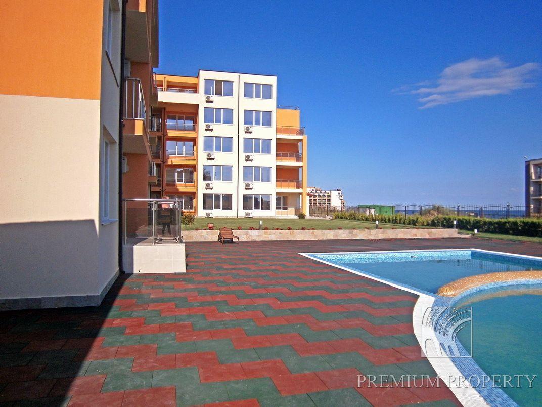 Апартаменты в Святом Власе, Болгария, 55.82 м2 - фото 1