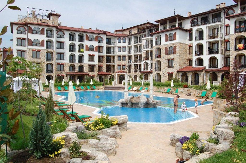 Апартаменты в Несебре, Болгария, 121.58 м2 - фото 1