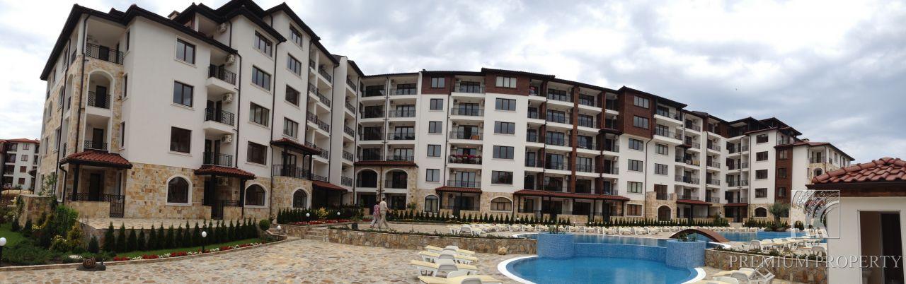 Апартаменты в Несебре, Болгария, 53.59 м2 - фото 1