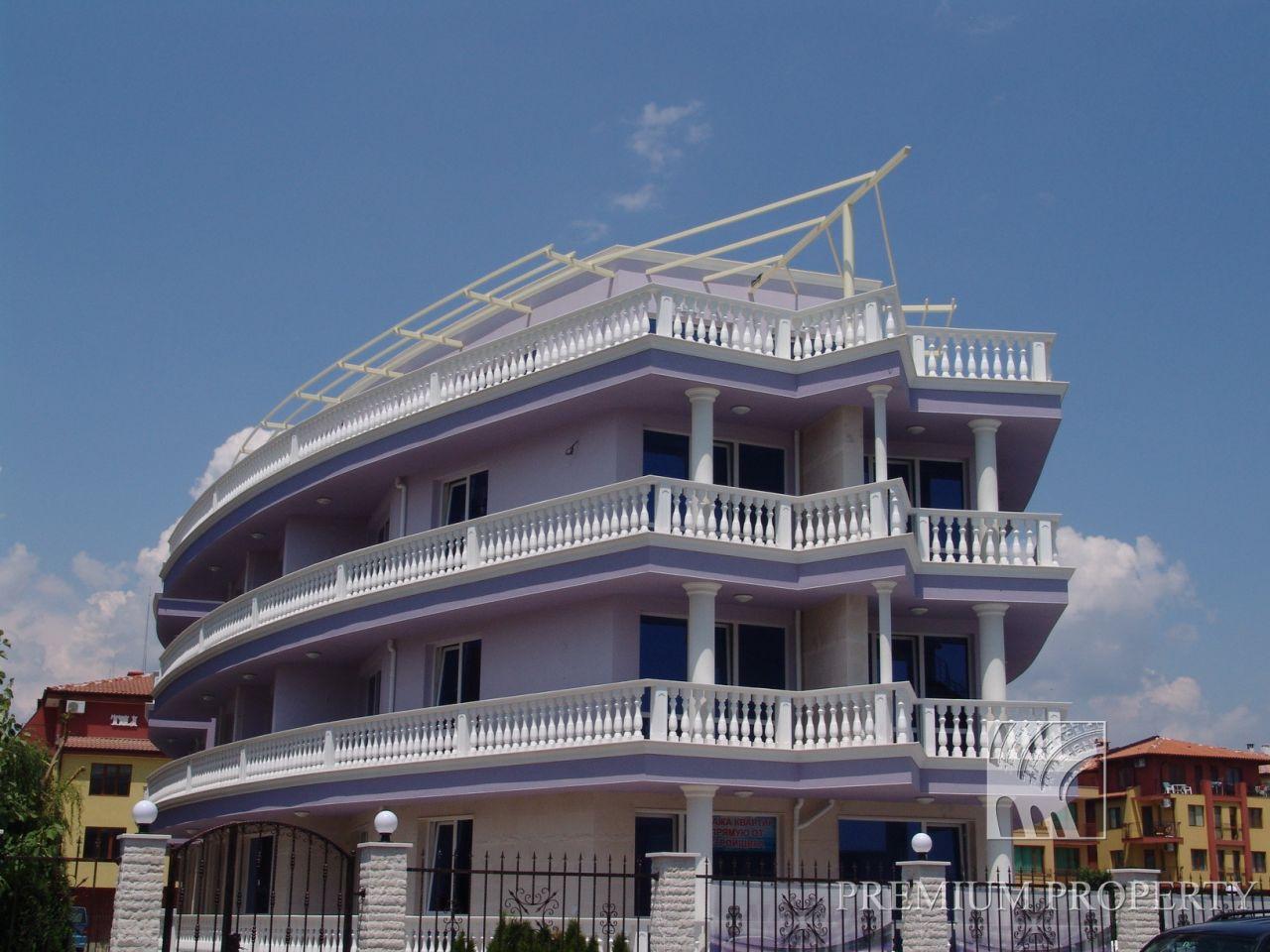 Апартаменты в Несебре, Болгария, 63.46 м2 - фото 1
