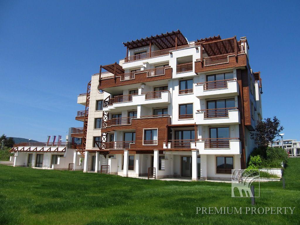 Апартаменты в Царево, Болгария, 118.86 м2 - фото 1