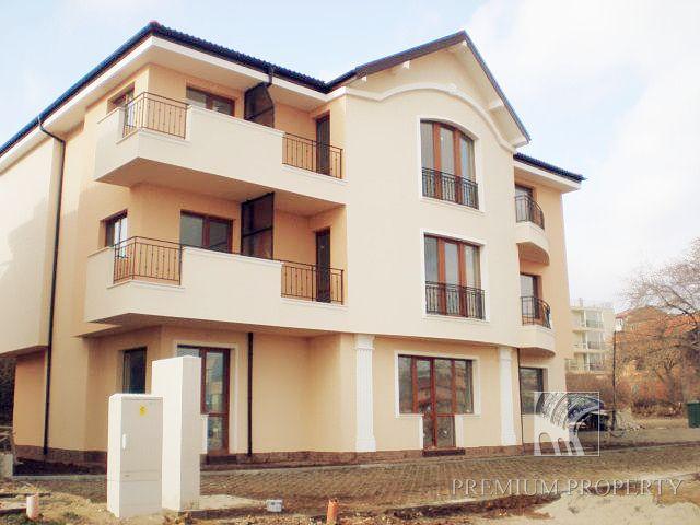 Апартаменты в Бяле, Болгария, 73.07 м2 - фото 1
