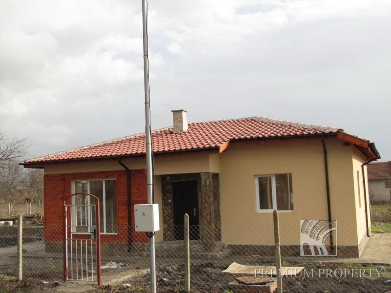 Дом в Бургасе, Болгария, 83 м2 - фото 1