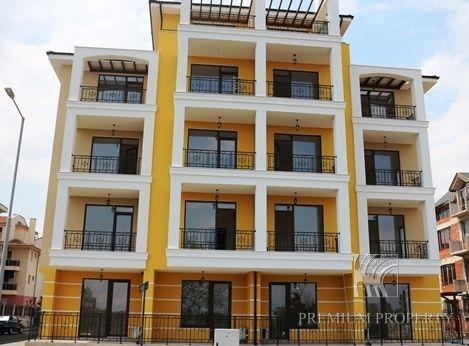 Апартаменты в Несебре, Болгария, 54.28 м2 - фото 1