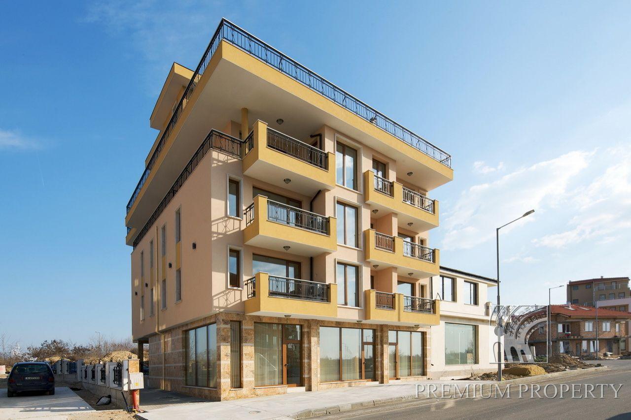 Апартаменты в Несебре, Болгария, 61.98 м2 - фото 1