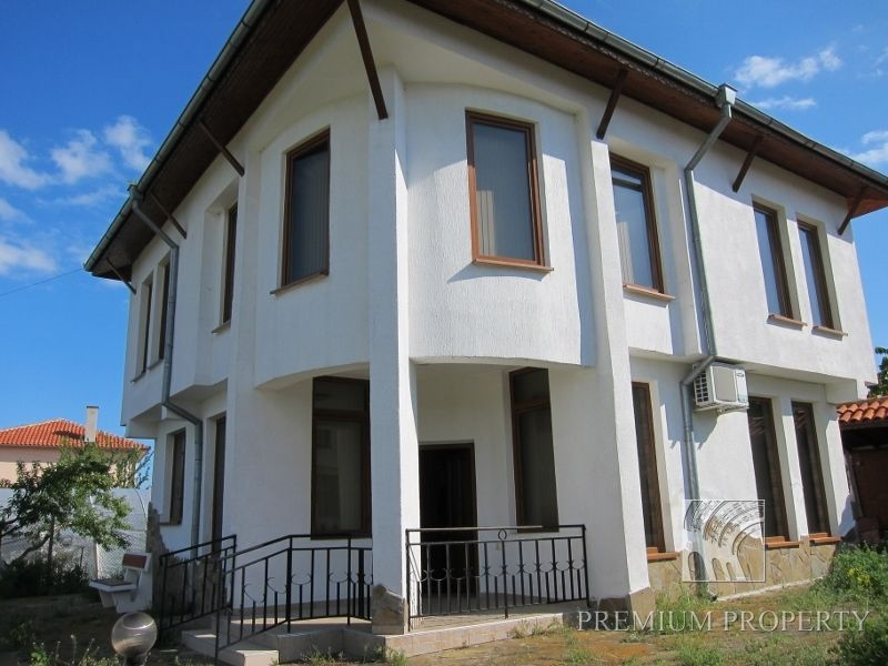 Апартаменты в Поморие, Болгария, 190 м2 - фото 1
