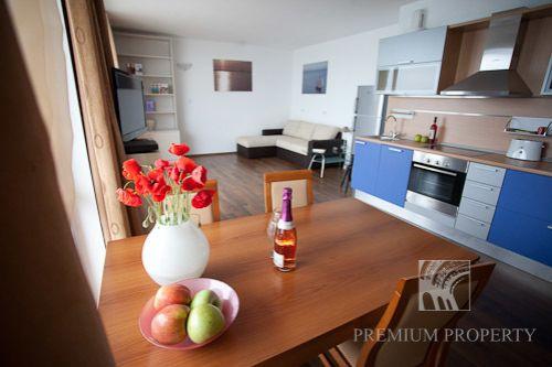 Апартаменты в Поморие, Болгария, 66.83 м2 - фото 1