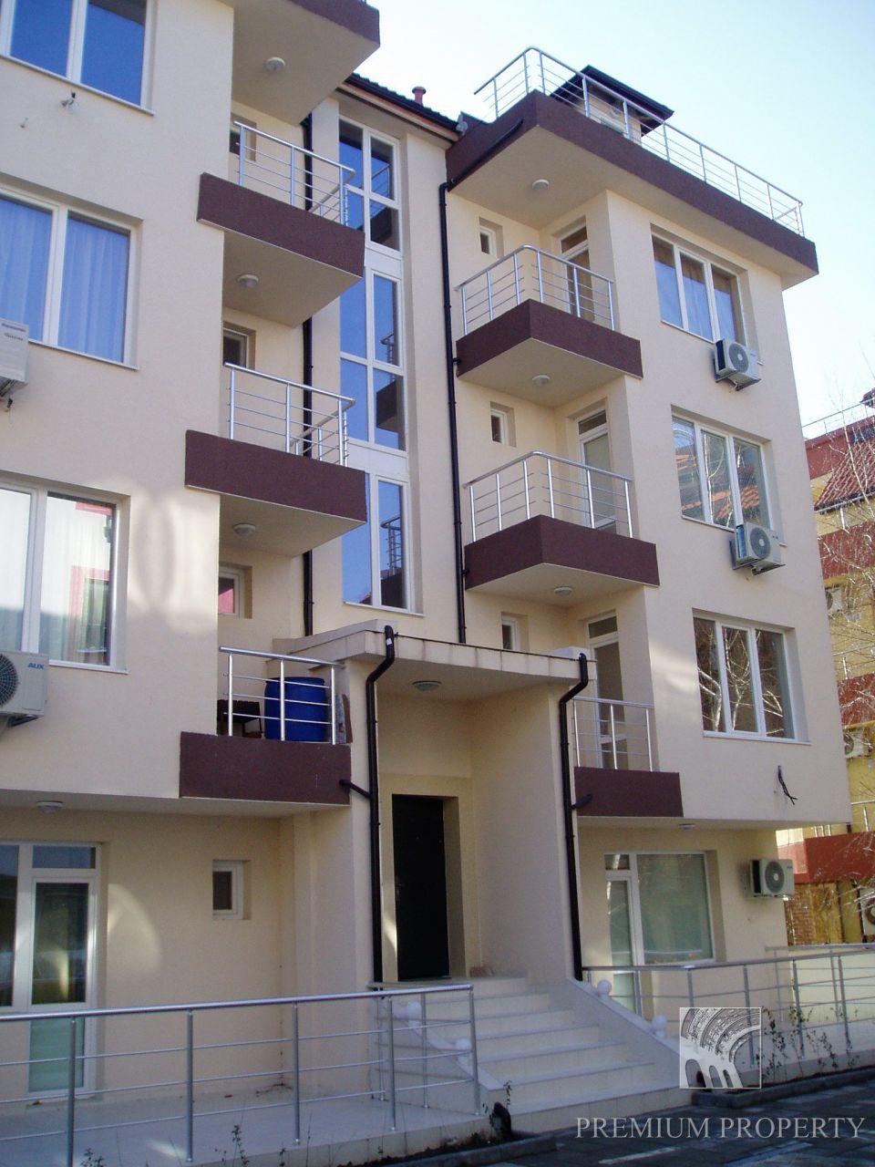 Апартаменты в Несебре, Болгария, 52.37 м2 - фото 1