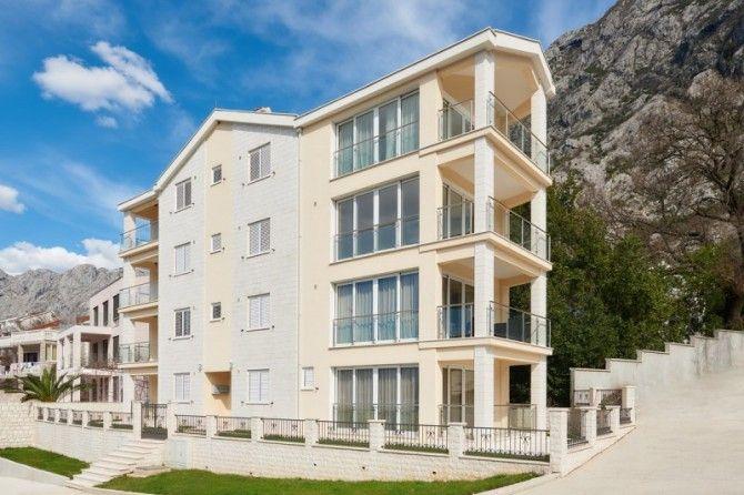 Квартира в Доброте, Черногория, 64 м2 - фото 1