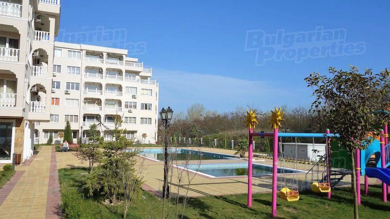 Апартаменты в Несебре, Болгария, 72.42 м2 - фото 1