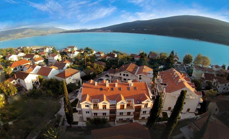Квартира в Дженовичах, Черногория, 78 м2 - фото 1